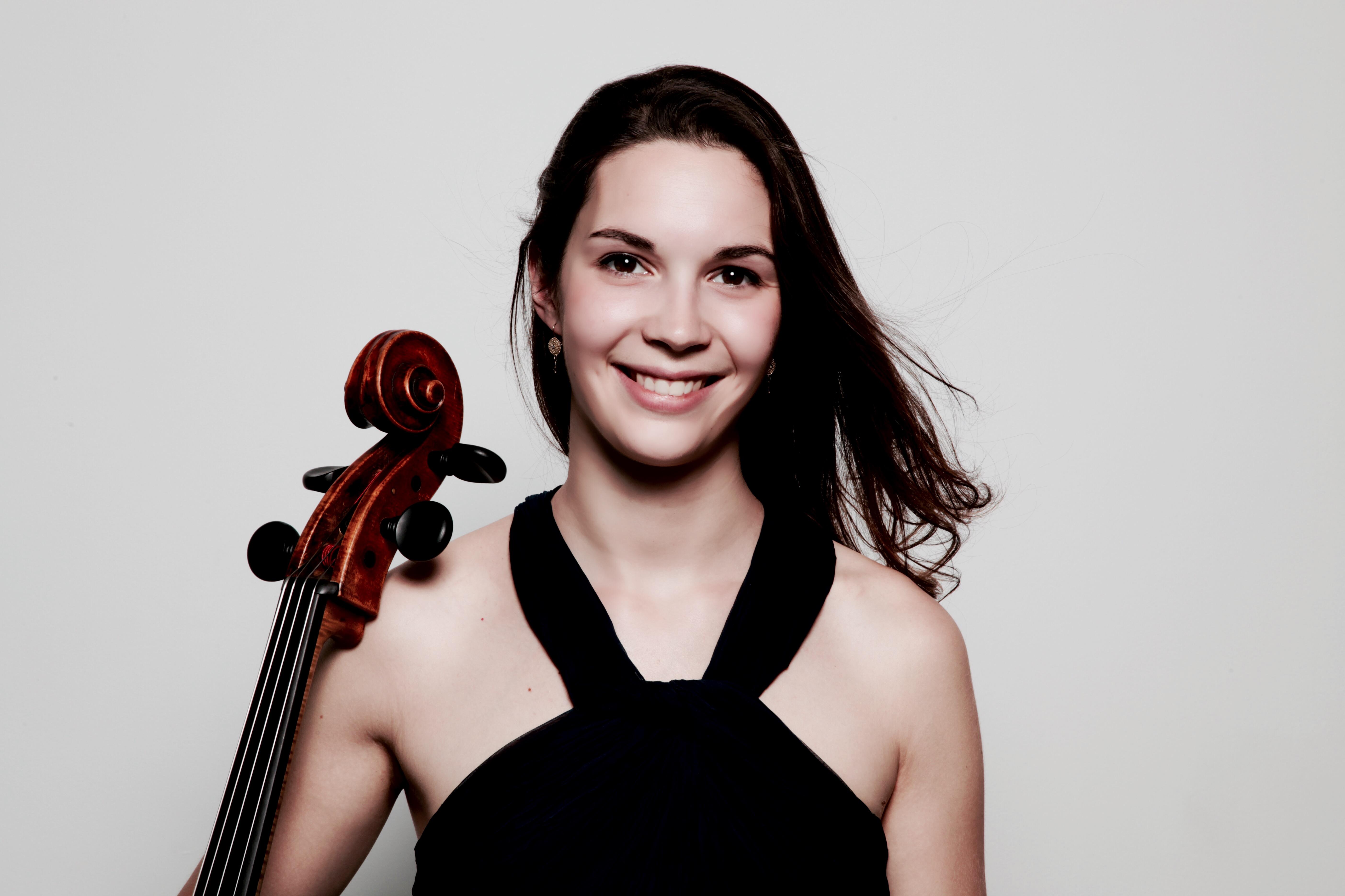 11-12-Caroline Sypniewski